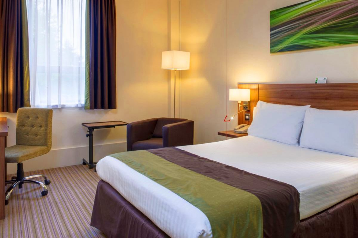 Accessible rooms leamington spa